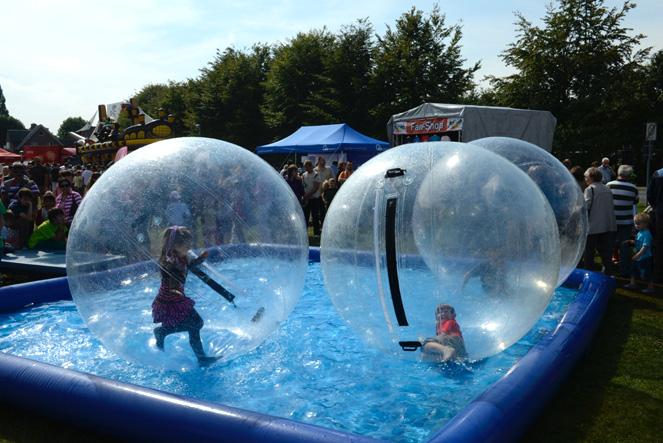 eventattraktion-waterballs-06
