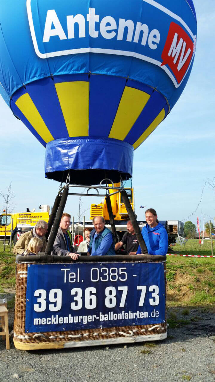 eventmodul-ballon-am-kran-2