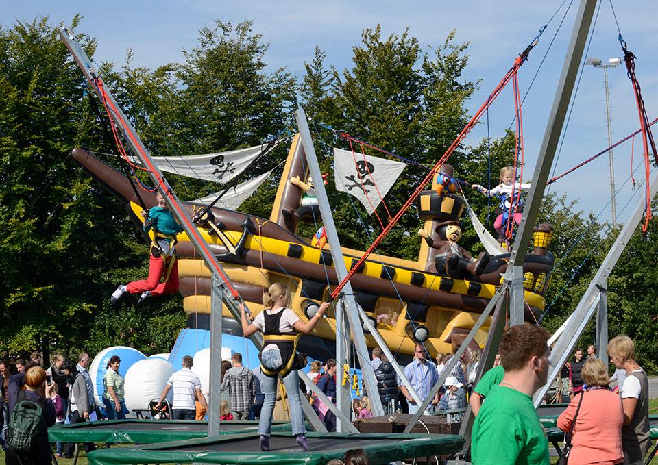 Jumper-Vierer-Trampolin-eventmodul-eventattraktion-11